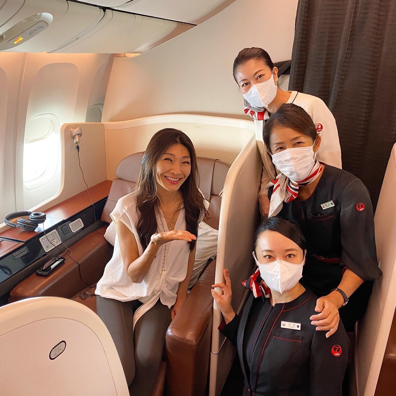 最高の接客と本格フレンチの機内食「JALで行く空の旅」レポート